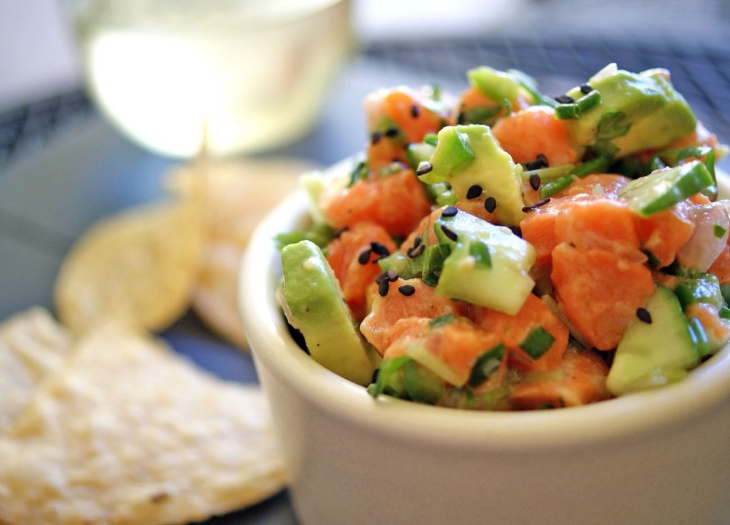 salmon-avocado-poke-bowl-1024x737 5 Fat Burning Restaurants in Fort Lee, New Jersey